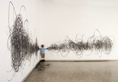 Jorge PinedaMe Voy Installation 2005