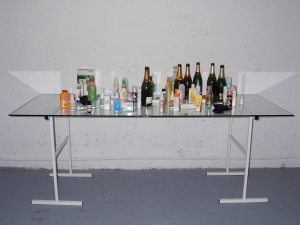 Tropical Survivor bar Aleksandra Mir