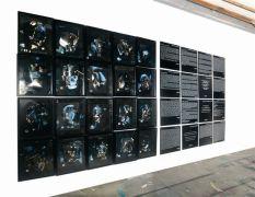Mémorial monde Ernest Breleur Installation radiographies, photographies, agrafes, textes – 2009 – dimensions variables– photo Jean-Philippe Breleur