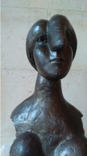 1.Picasso, tête de femme (Marie-Thérèse Walter), bronze, années 30
