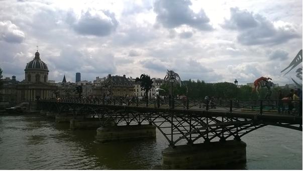 La passerelle enchantée - sur le Pont des Arts 19 juin 2016, photo JS