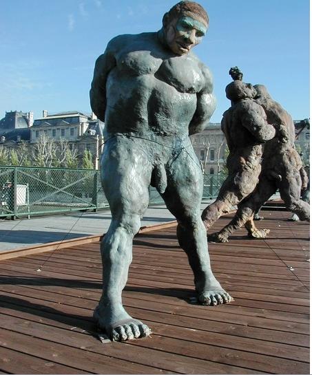 Ousmane-sow lutteur-nouba--Paris-pont-des-arts-1999
