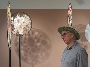 Visite de l'exposition de Claude Cauquil