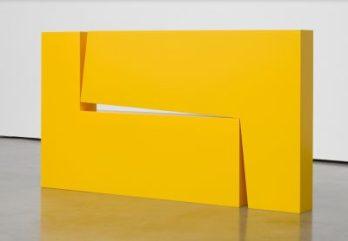 Carmen Herrera, Estrucura Amarilla 1967 2016 Couretesy Lisson Gallery
