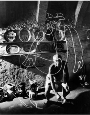 11 light painting avec lampe de poche par PICASSO 1949