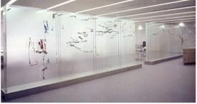 Pascal Convert , Native Drawings, 1997-1998, peinture sous verre, 2 parois de 2,21x6,10 m, peinture réalisée à partir de dessins d'enfants aux tracés numérisés en 3D.