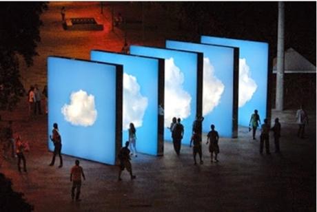 Eduardo Coimbra Projeto Nuvem, 2008 cinq caissons lumineux de 4,7x4,7 m Rio de Janeiro, Praça XV.